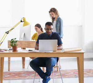 Cómo redactar correctamente una oferta de trabajo