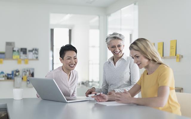 ventajas-de-contratar-perfil-senior-infojobs